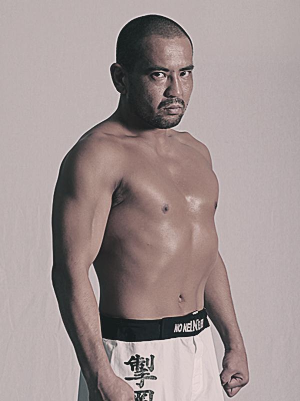 総合格闘技イベントDEEP2001オフィシャルサイト FIGHTERS 桜木裕司